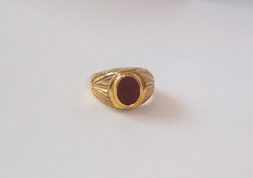 Gold Ring Featuring a Roman Red Jasper Intaglio