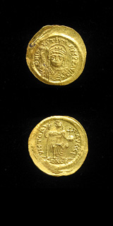 Byzantine Gold Solidus of Emperor Justin II