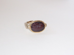 Gold Ring Featuring a Classical Revival Carnelian Intaglio of a Chariot