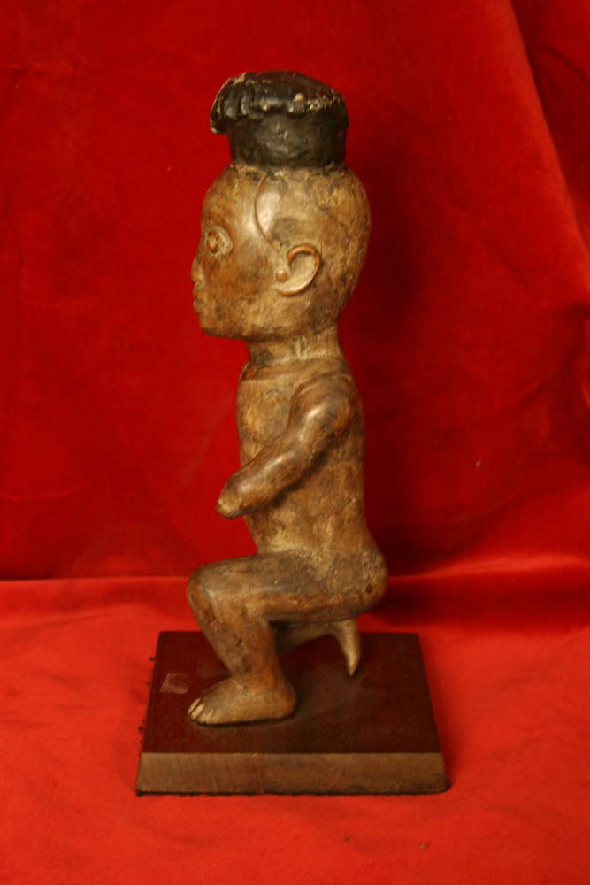 African Art / Kongo Wooden Sculpture of a Kneeling Man