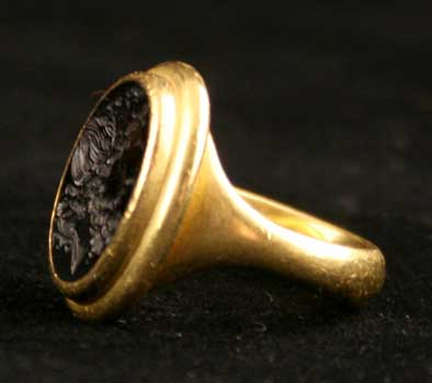 Gold Ring Featuring a Hellenistic Garnet Seal Depicting the Bust of Poseidon