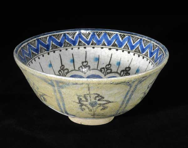 Glazed Bowl with Geometric Decoration