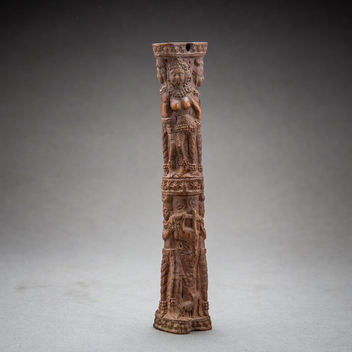 Shunga period carved bone