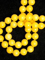 Yellow-Dyed Chalcedony Bead Necklace