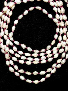 Freshwater Pearl and Garnet Bead Necklace