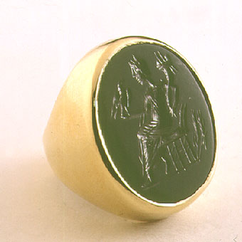 Gold Ring Featuring a Classical Revival Bloodstone Seal Depicting Fortuna