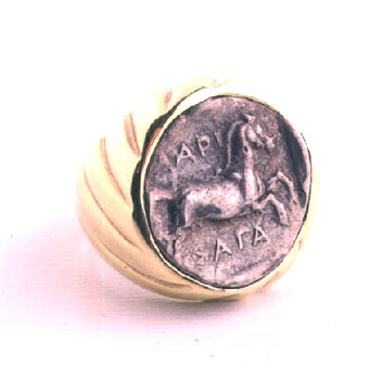 Gold Ring Featuring a Silver Drachma of the Greek City Larissa