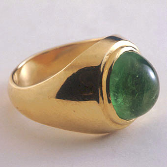 Oval Cabochon Columbian Emerald Ring