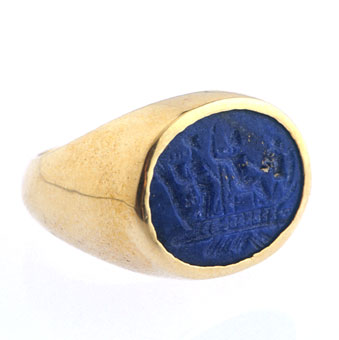 Gold Ring Featuring a Lapis Lazuli Intaglio of a Mythological Scene