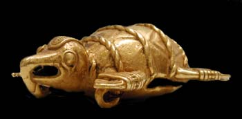Pre-Columbian Art / Gold Pendant of a Turtle