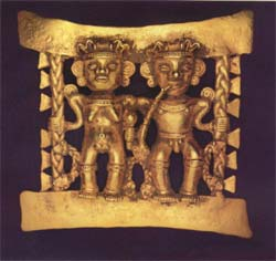 Pre-Columbian Art / Diquis Gold Pectoral Featuring a Man and a Woman
