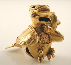 Pre-Columbian Art / Tairona Gold Bell Pendant in the Form of a Bird