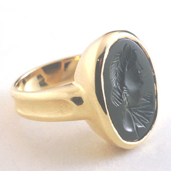 Gold Ring Featuring a Classical Revival Bloodstone Intaglio Depicting an Empress