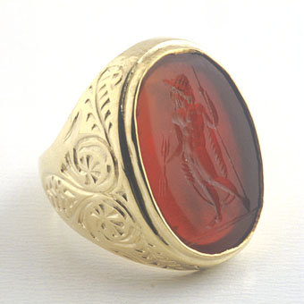 Gold Ring with a Classical Revival Carnelian Seal Depicting Mars