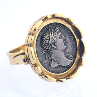 Silver Denarius Of Roman Emperor Hadrian Set In An 18 Karat Gold RIng