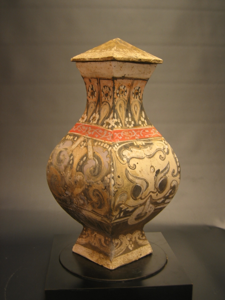 A Han Dynasty Painted Pottery 'Fang-Hu'
