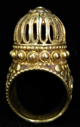 Ottoman Gold Ring with Applied Decoration
