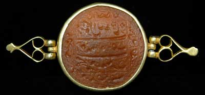 Mughal Inscribed Carnelian Intaglio in a Gold Mount