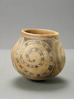 Pre-Columbian Art / Casas Grandes Polychrome Pot with Spiral Decorations