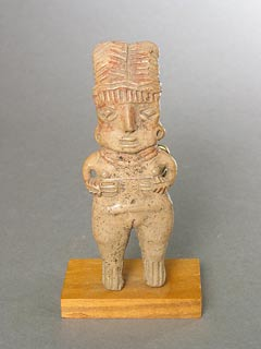 Chupicuaro Sculpture of a Standing Woman