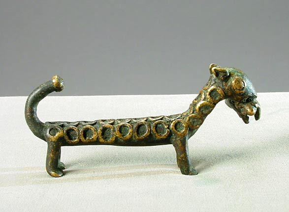 Akan Brass Goldweight in the Form of a Leopard Eating an Animal (abrammuo)