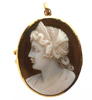 European Agate Cameo Depicting the Bust of a Woman