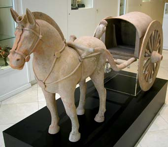 Western Han Terracotta Sculpture of a Horse and Carriage