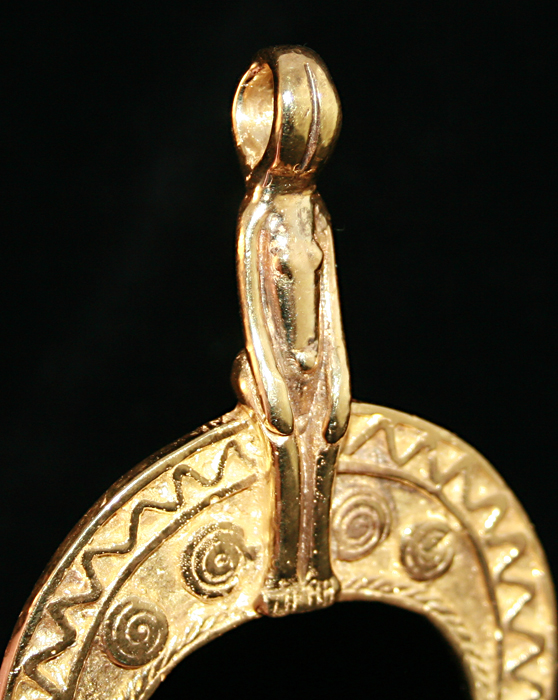 Gold Cast of a Nuna Pendant